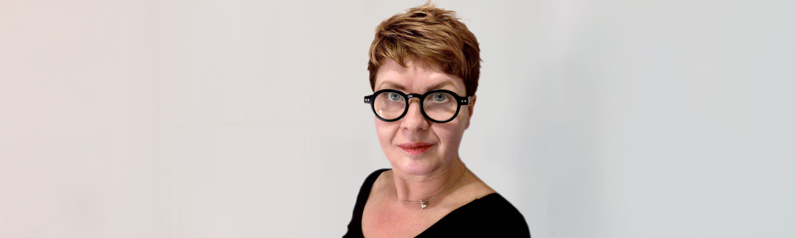 AVEK-palkinnon voittaja, kuvataiteilija Saara Ekström, kuva: Saara Ekström
