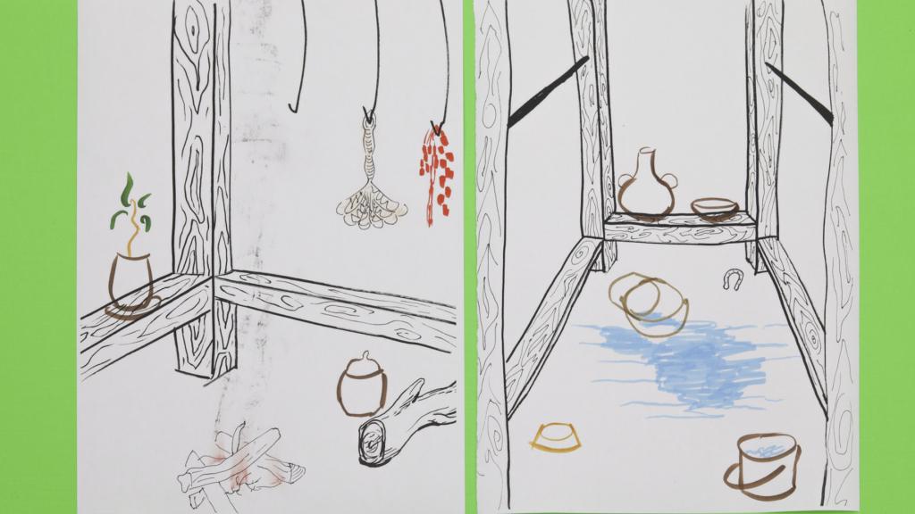 Piirretyssä kuvassa on erilaisia pieniä esineitä puukehikon ympärillä, esim. maljakkoja ja muita astioita, ämpäri ja hevosenkenkä.